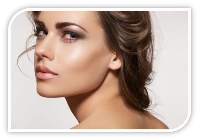 Delikatnie rozświetlający makijaż - bez błędów
